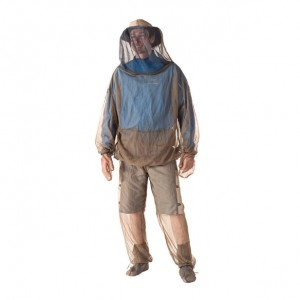 STS_ABUG-Jacket-and-Pants-in-use